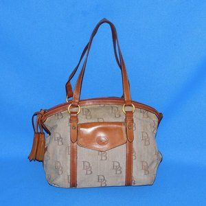 AUTHENTIC DOONEY & BOURKE CANVAS & LEATHER PURSE